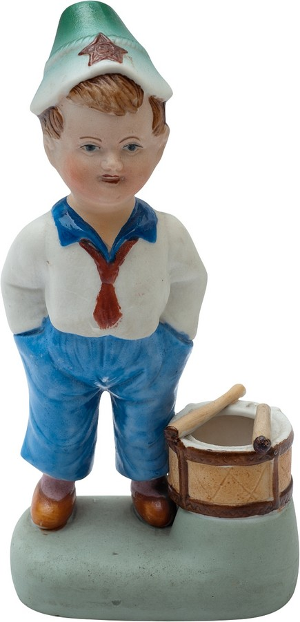 Антикварная фарфоровая фигурка Мальчик с барабаном