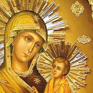 Старинная икона Божьей Матери Тихвинская