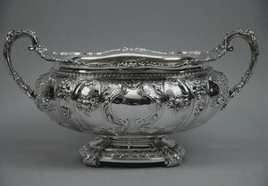 Антикварное столовое серебро